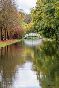 Herbst im englischen Landschaftsgarten