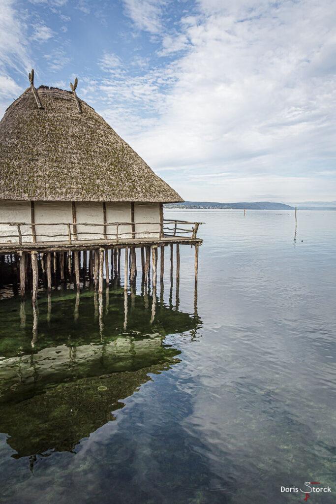 Seeblick - Pfahlbau am Ufer des Bodensee